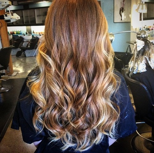 Ombre Hair mit Highlights