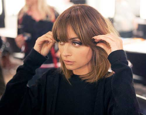 Brown Medium Straight Bob Hairstyles