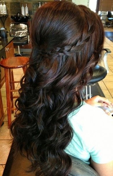 Half Up Half Down Frisur mit Zopf - Prom Curly Frisur Ideas 2018