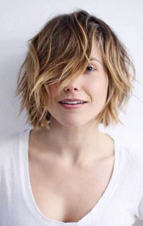 Cute Short Hairstyles For Girls-23