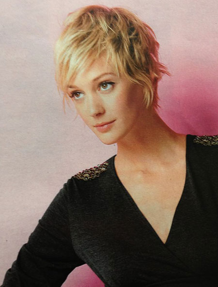 Fantastic and Lovely Messy Bob Cut