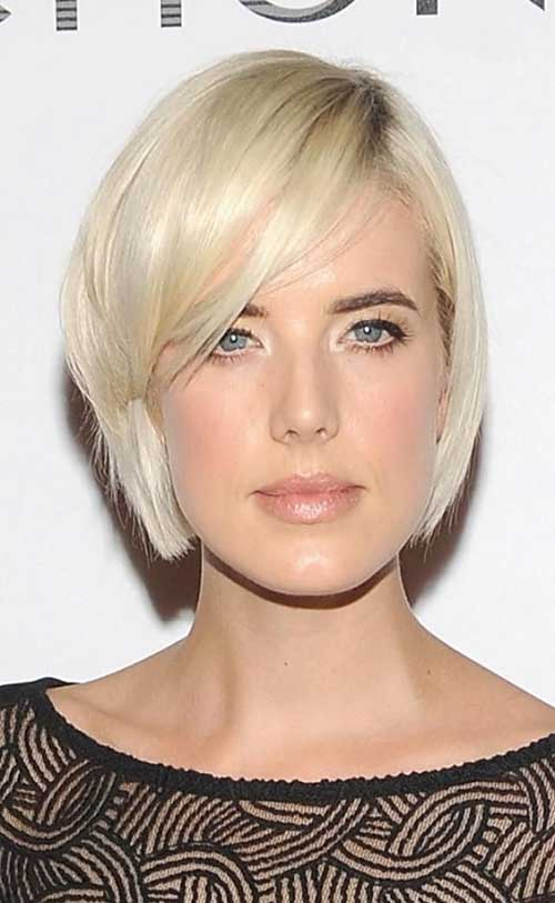 Stylish Blonde Bobs For Oval Faces