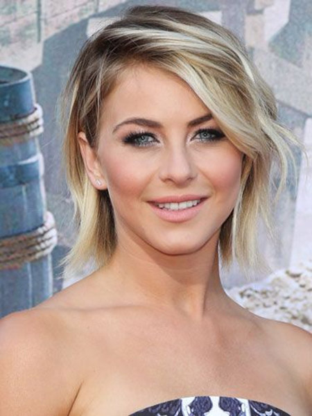 Julianne Hough's Edgy Blunt Ends Bob Cut