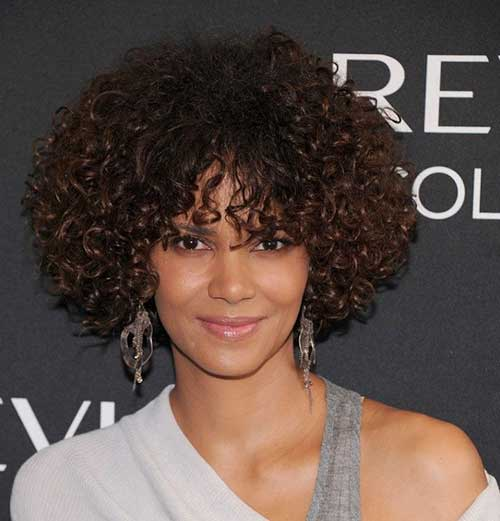 Halle Berry Curly Bob Hairstyles 2018-2018