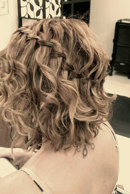 Cute And Easy Hairstyles For Short Hair-24