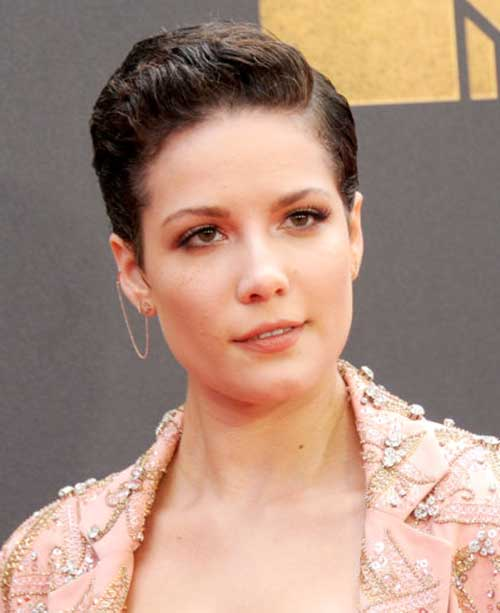Celebrity Pixie Cuts-10