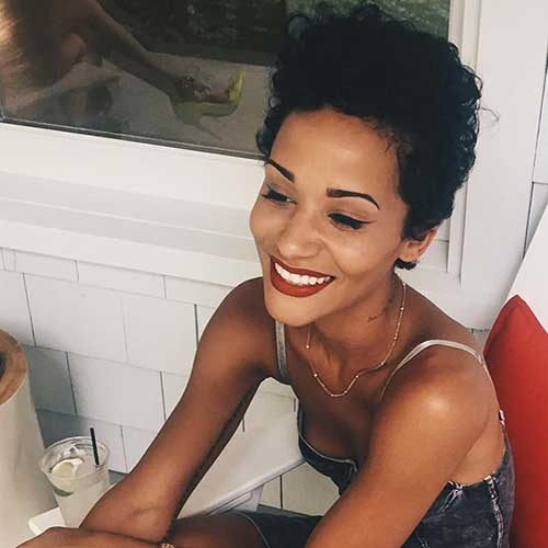 Short Curly Hair Styles-16