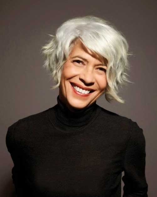 Chic Wavy Grey Bob Hairstyles