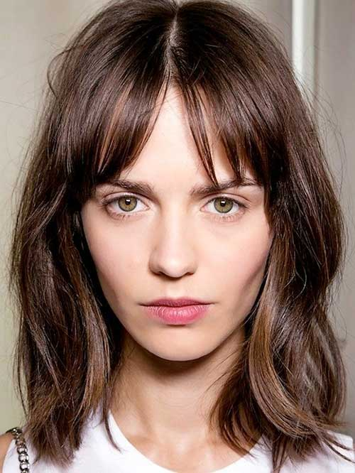 Choppy Short to Medium Dark Bob Hairstyles