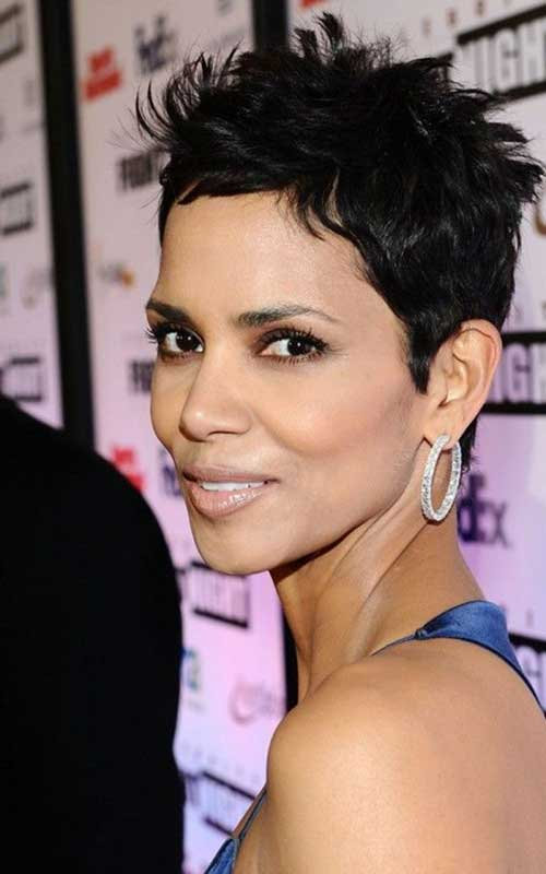 Halle Berry Pixie Cuts-17
