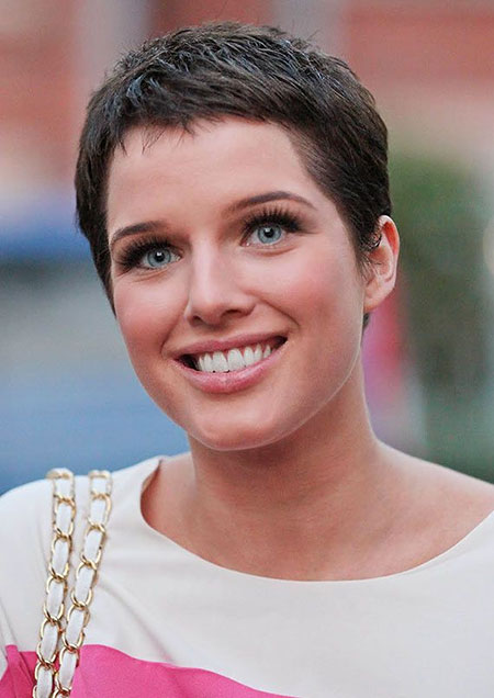 20 Best Short Pixie Haircuts_13