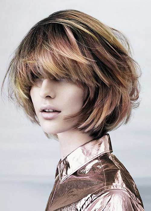Messy Bob Hair Cut for Round Faces