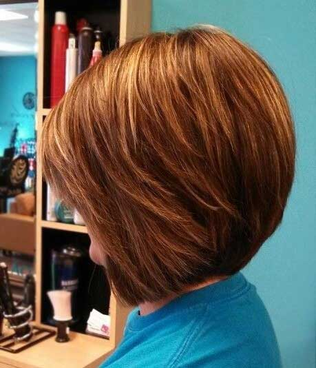 Bouncy Bob Hairdo with Short and Long Bang