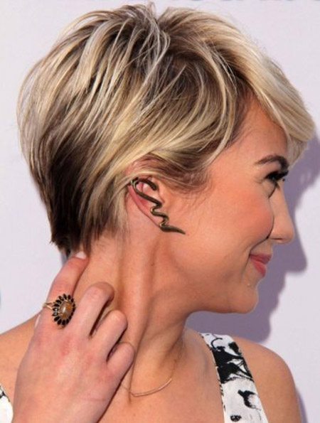 Lovely and Attractive Pixie Cut