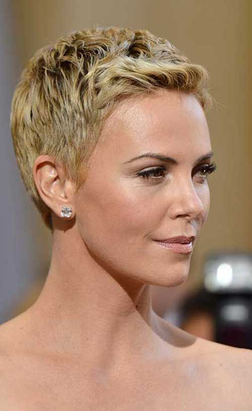 Charlize Theron Pixie Cuts-14