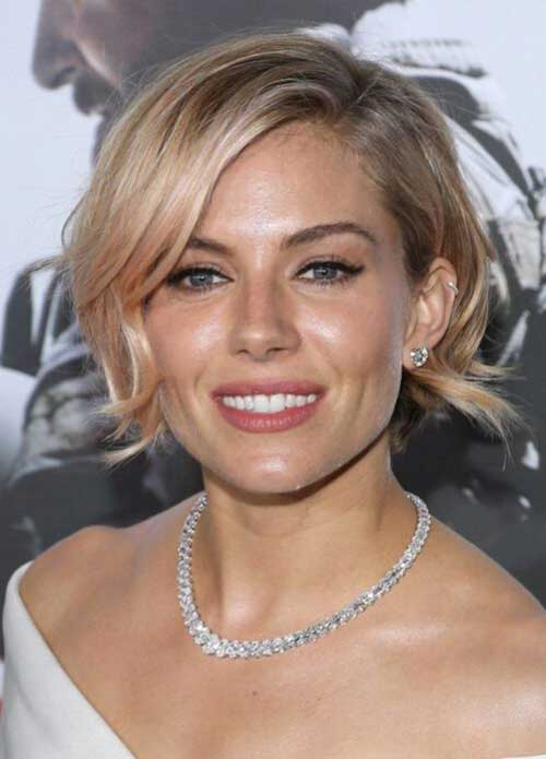Bob Haircuts for Wavy Hair-13