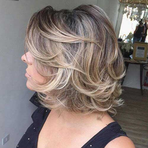 Short Haircuts for Older Ladies-10