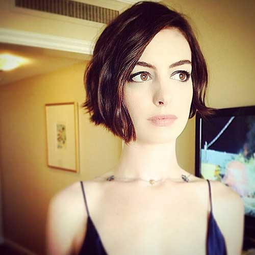 Anne Hathaway Hairstyles 2018-2018