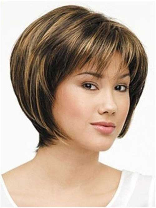 Best Bob Haircuts with Bangs for Oval Faces
