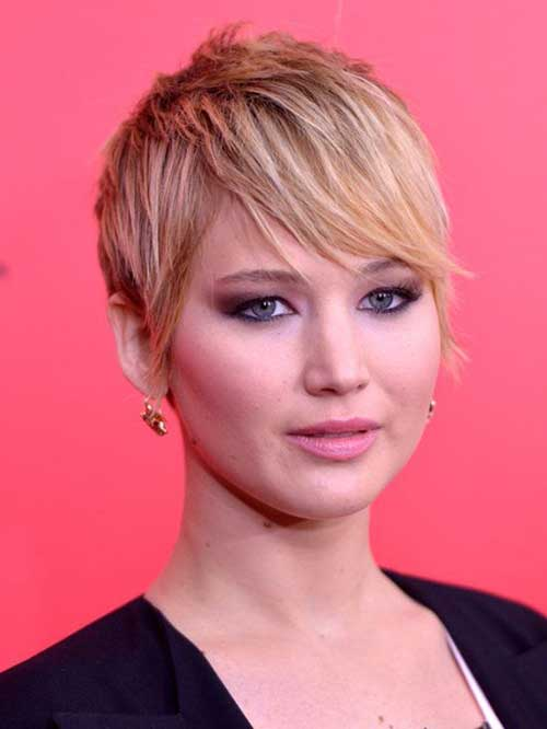 Jennifer Lawrence with Short Hair-7