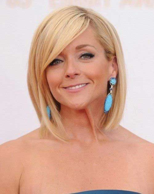 Straight Nice Bob Cut Hairstyle Pictures