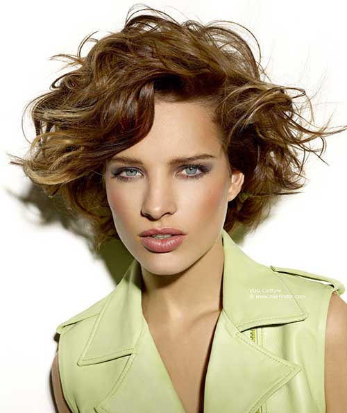Short Hairstyles for Curly Wavy Hair