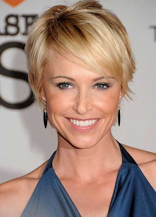 Short Bob Hairstyles with Side Bangs 2018