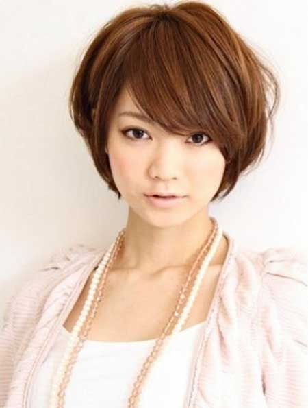 Best Short Hairstyles for Round Faces_1