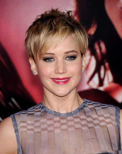 Jennifer Lawrence with Short Hair-9