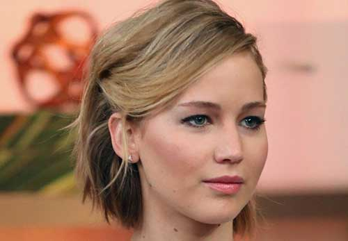 Jennifer Lawrence with Short Hair-10