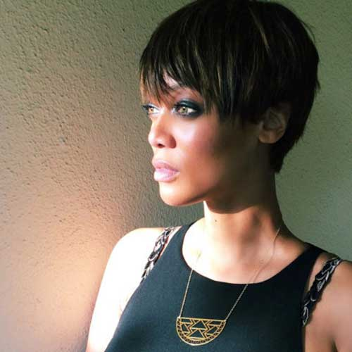Celebs with Pixie Cuts-11