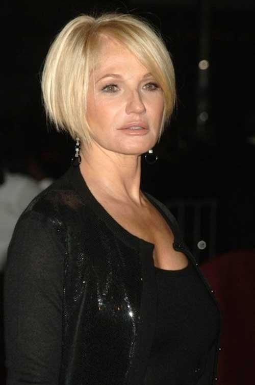 Bob Haircuts for Older Women-14