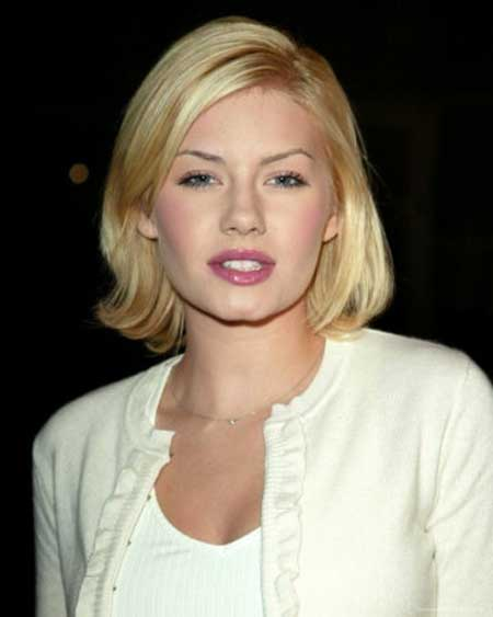Simple Side Parted Medium Length Bob Hairstyle