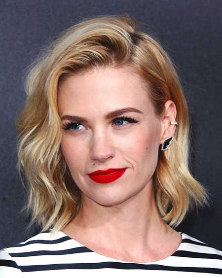 Simple Side Swept Hair with Waves at Ends