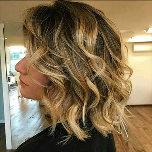 Short Curly Hairstyles for Women - 7