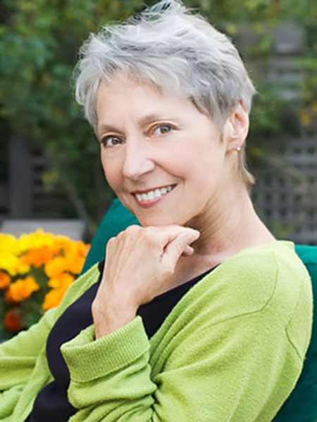 Photos Of Short Haircuts for Older Women_6
