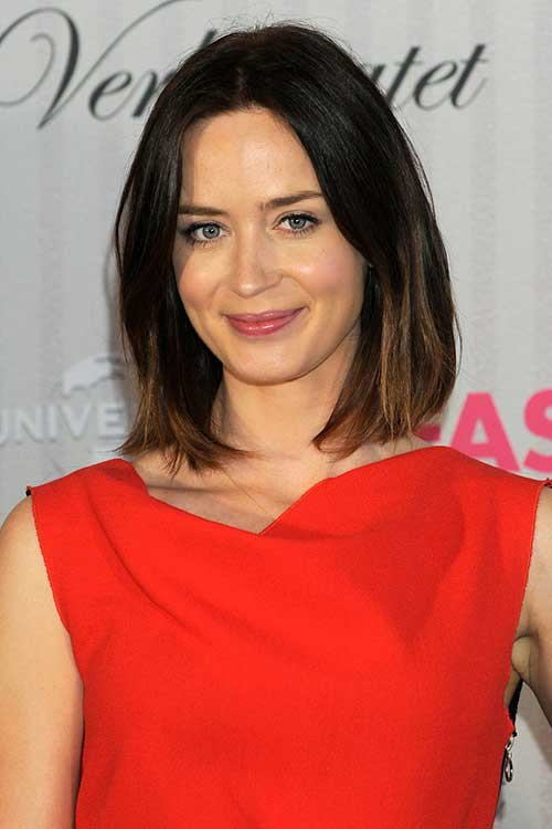 Celebrities with Long Bobs-7