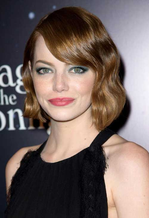 Wavy Bob Haircut Ideas with Bangs for Round Faces