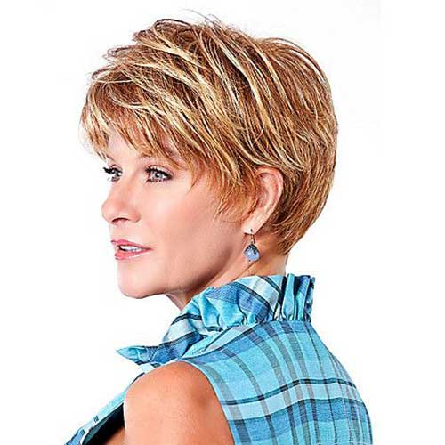Short Hair Cuts For Women Over 40-8