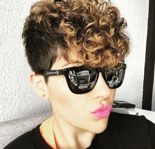 Curly Pixie Cuts-12