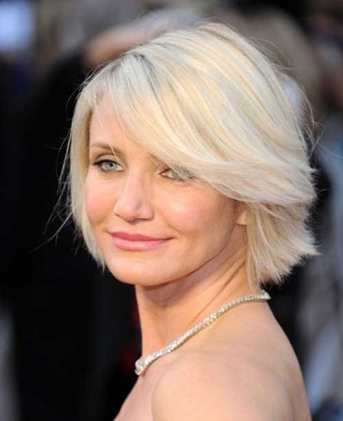 Short Haircuts for Women Over 40-30