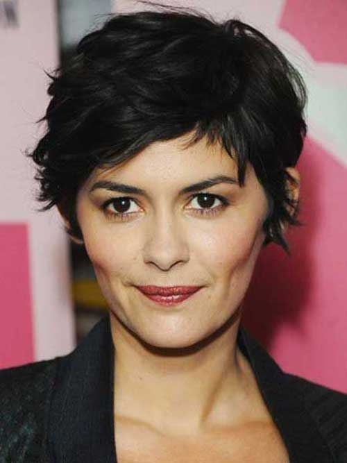 Trendy Hairstyles for Short Hair-21