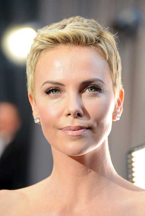 Charlize Theron Pixie Cuts-8