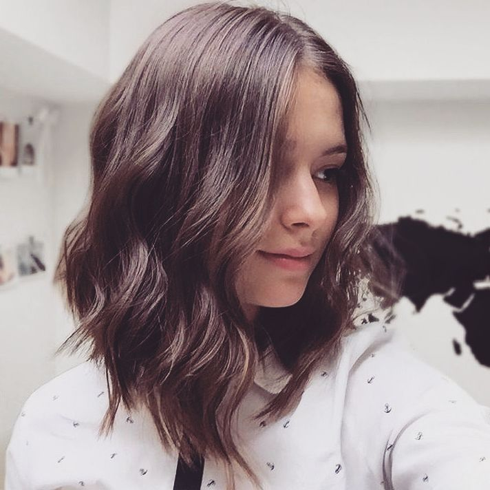 Best Medium Hairstyles for Women, Shoulder Length Haircuts