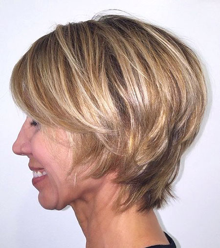 Blonde Bob Layered Women