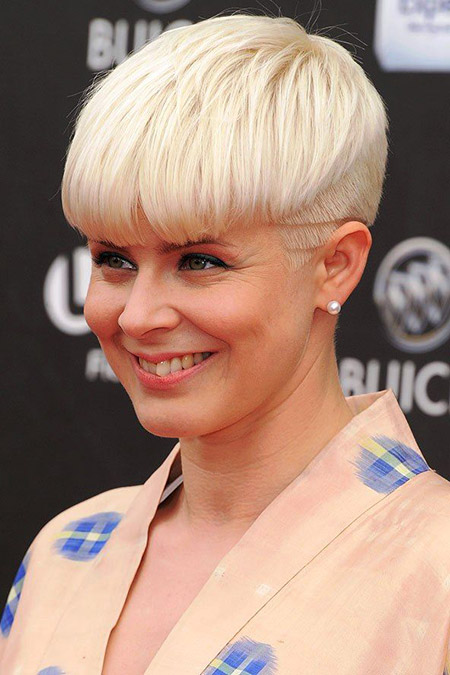 Unique and Awesome Pixie Cut
