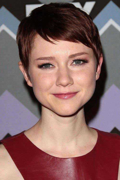 Celebs with Pixie Cuts-7