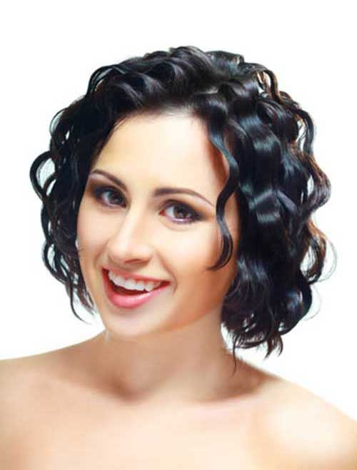 Cute Hairstyle for Short Hair