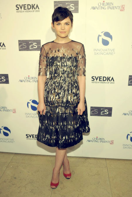 Pictures Of Ginnifer Goodwin With Short Hair