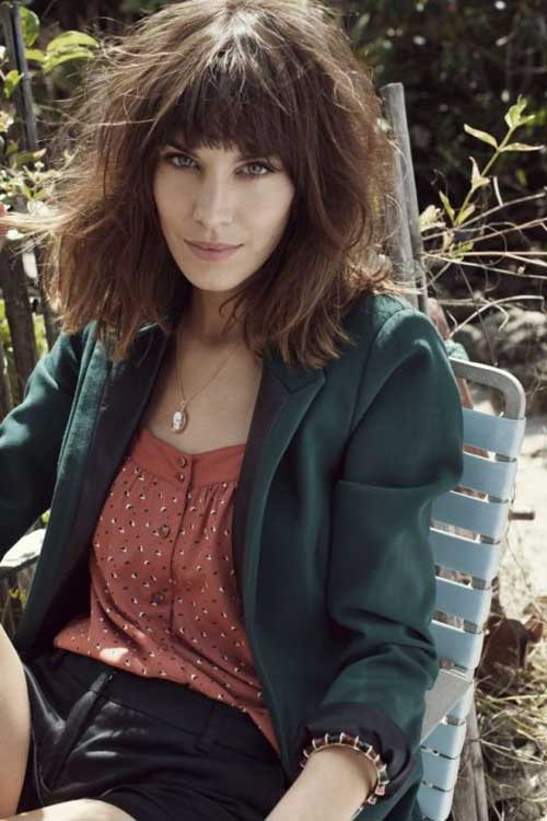 Shaggy Messy Bob Hairstyles with Bangs